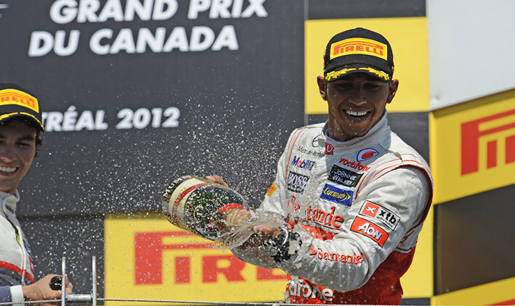 Photo of Lewis Hamilton vince in Canada 2012, Alonso beffato dalle strategie